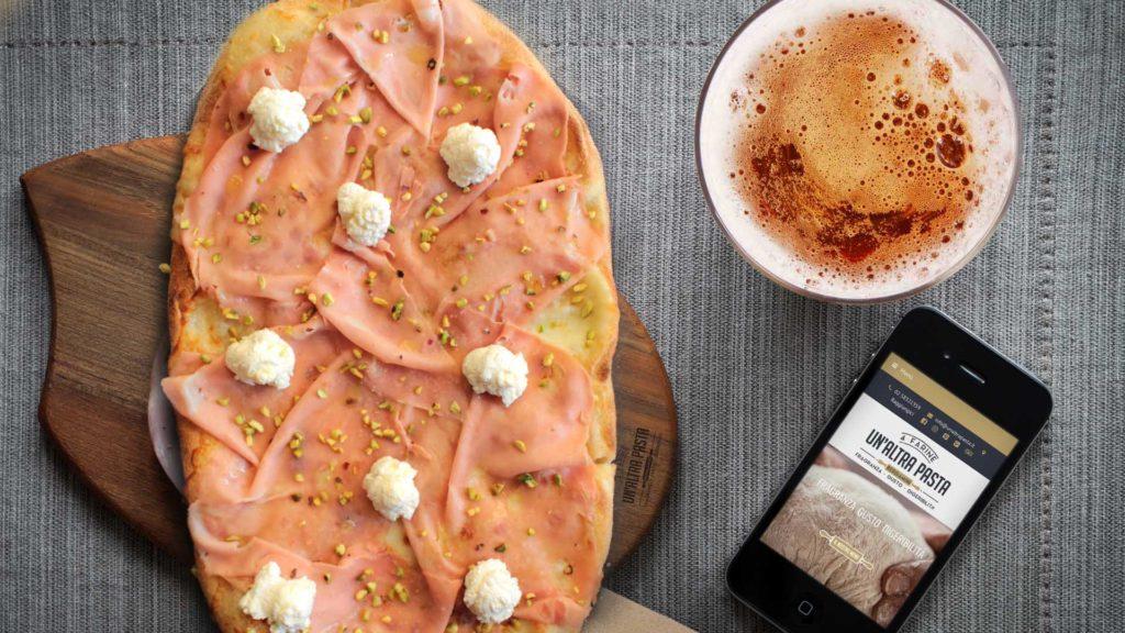 Un Altra Pasta pinsa romana a Milano consegna a domicilio